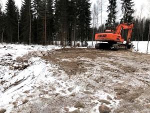 Metsäautotien ja kääntöpaikan rakennus