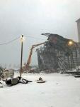 Pitkäpuomi Inkoon vanhaa hiilivoimalaa purkamassa