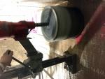Reikää betoniseinään