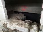 Aukon sahausta betoniseinään